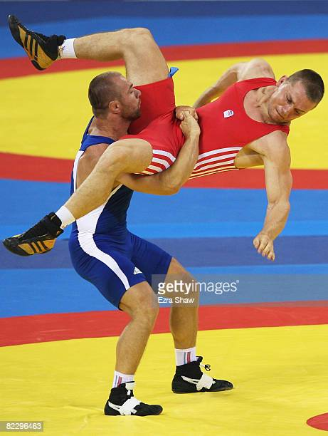 wrestling russian escort prague