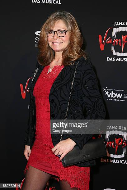 Maren Gilzer attends the red carpet at the premiere of the musical 'Tanz der Vampire' at Stage Palladium Theater on January 26 2017 in Stuttgart...
