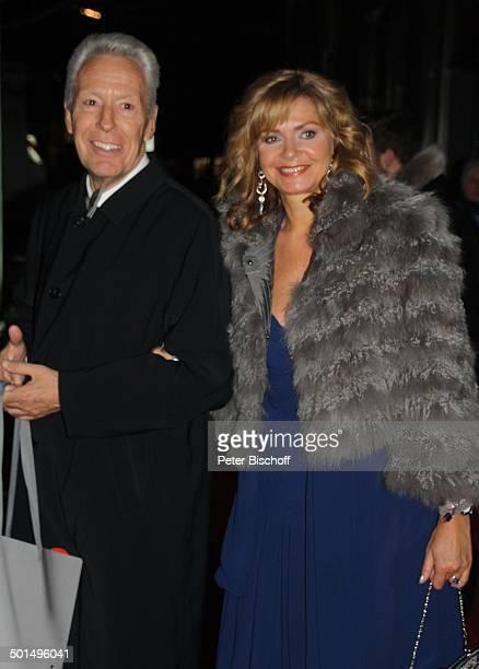 Maren Gilzer mit Ehemann Egon F Freiheit 48 Verleihung 'Goldene Kamera' von 'Hör Zu' Axel SpringerHaus Berlin Deutschland Europa Roter Teppich...