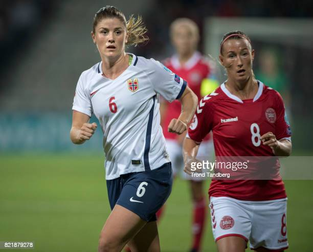Maren Mjelde of Norway Theresa Nielsen of Denmark during the UEFA Womens«s Euro between Norway v Denmark at Stadion De Adelaarshorst on July 24 2017...