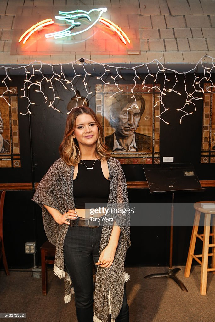<a gi-track='captionPersonalityLinkClicked' href=/galleries/search?phrase=Maren+Morris&family=editorial&specificpeople=9481209 ng-click='$event.stopPropagation()'>Maren Morris</a> joins campers during the ACM Lifting Lives Music Camp at the Bluebird Cafe on June 27, 2016 in Nashville, Tennessee.