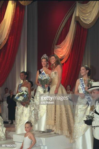 Mareva Galantier Miss France 1999 with her two runners up and Miss France 1998