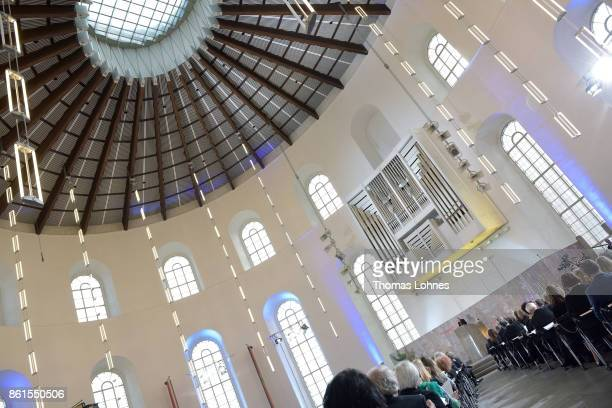 Margaret Atwood speaks after receiving the 'Peace Prize of the German Book Trade' ceremony at St Paul's Church on October 15 2017 in Frankfurt am...