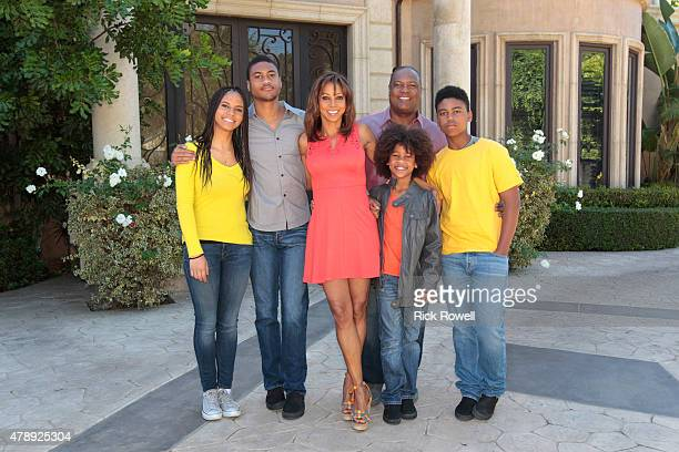 SWAP 'Margaret Cho/Holly Robinson Peete' Standup comedienne Margaret Cho and actress Holly Robinson Peete are featured on 'Celebrity Wife Swap'...
