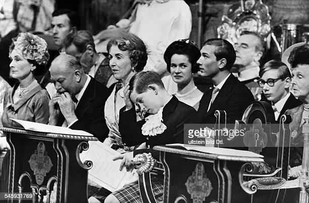 Margaret Rose Prinzessin *Graefin von Snowdon GBSchwester von Queen Elizabeth II Hochzeit mit Anthony ArmstrongJonesPrinz Charles der Herzog von...