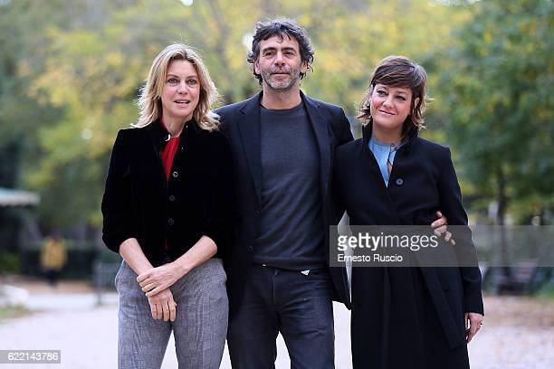 Margherita Buy Luca Lucini and Giovanna Mezzogiono attend a photocall for 'Come Diventare Grandi Nonostante I Genitori' on November 10 2016 in Rome...