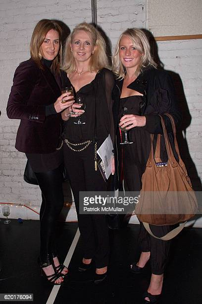 Margo Bowers Courtney Harris and Sue Brown attend PAUL TAYLOR DANCE Hosts Cocktails for YOUNG PATRONS at 552 Broadway on November 11 2008 in New York...