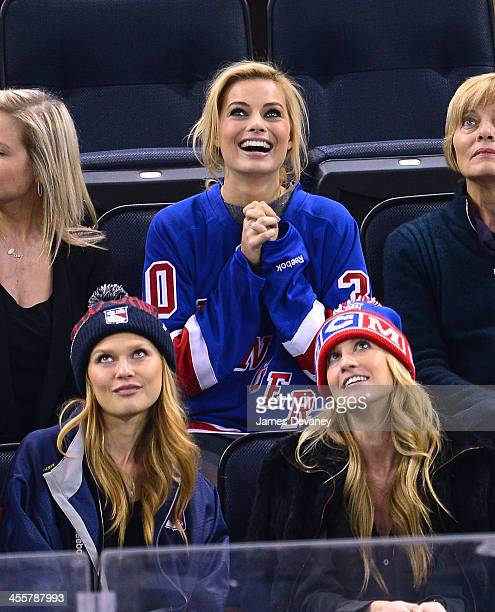 Margot Robbie attends the Columbus Blue Jackets vs New York Rangers game at Madison Square Garden on December 12 2013 in New York City
