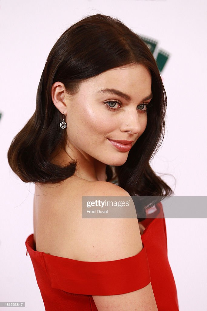<a gi-track='captionPersonalityLinkClicked' href=/galleries/search?phrase=Margot+Robbie&family=editorial&specificpeople=5781742 ng-click='$event.stopPropagation()'>Margot Robbie</a> attends the Jameson Empire Film Awards at The Grosvenor House Hotel on March 30, 2014 in London, England.