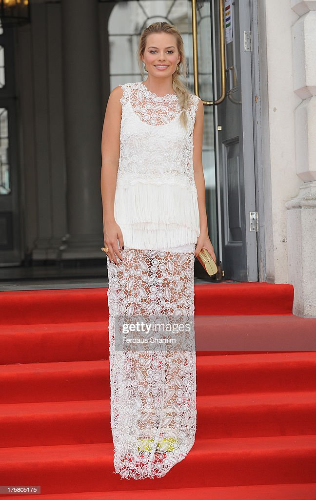 <a gi-track='captionPersonalityLinkClicked' href=/galleries/search?phrase=Margot+Robbie&family=editorial&specificpeople=5781742 ng-click='$event.stopPropagation()'>Margot Robbie</a> attends the World Premiere of 'About Time' at Somerset House on August 8, 2013 in London, England.