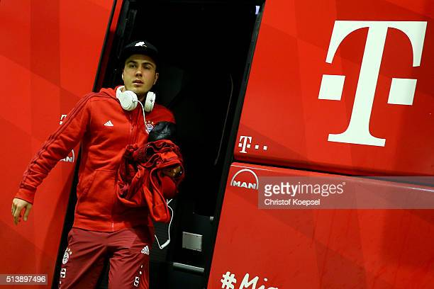 Mari Goetze of Bayern walks out of the bus prior to the Bundesliga match between Borussia Dortmund and FC Bayern Muenchen at Signal Iduna Park on...