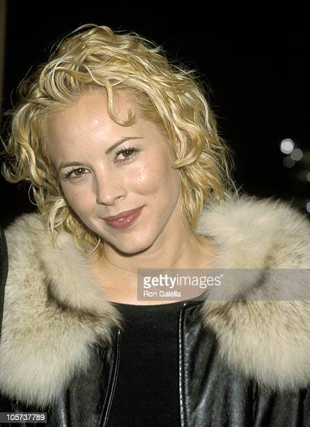Maria Bello during Premiere of 'Patch Adams' December 17 1998 at Universal Cineplex Odeon Theater in Universal City California United States