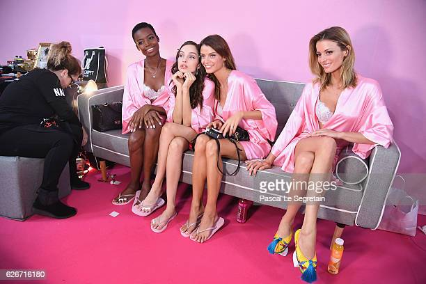 Maria Borges Luma Grothe Valery Kaufman and Flavia Lucini pose backstage prior to the Victoria's Secret Fashion Show on November 30 2016 in Paris...