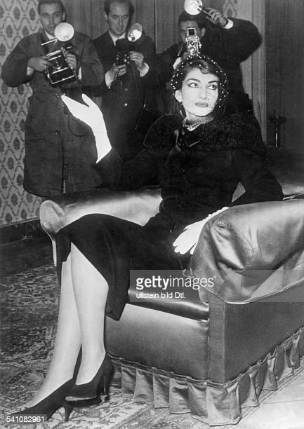 Maria Callas *Sängerin Sopran USA / Griechenland Pressekonferenz im Hotel Quirinaleanlässlich des 'Opernskandals` an derRömischen Oper am 020158...