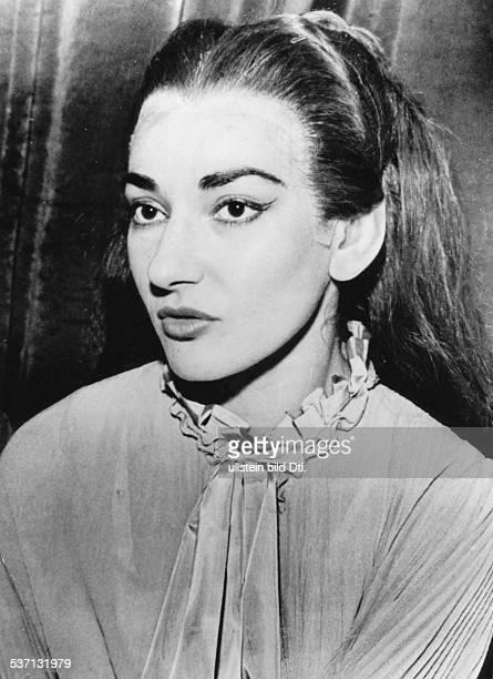 Maria Callas Sängerin Sopran USA / Griechenland Porträt als 'Lucia di Lammermoor' in Berlin September 1955