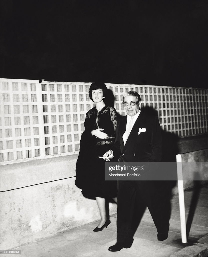 <a gi-track='captionPersonalityLinkClicked' href=/galleries/search?phrase=Maria+Callas&family=editorial&specificpeople=121806 ng-click='$event.stopPropagation()'>Maria Callas</a> with the famous shipowner Onassis. August, 1960.
