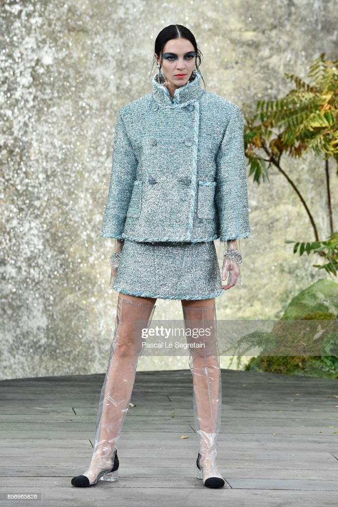 maria-clara-boscono-walks-the-runway-during-the-chanel-paris-show-as-picture-id856965826