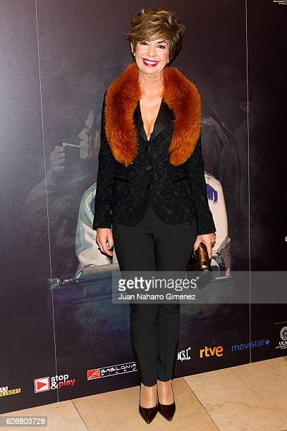 Maria Jose Saz attends '249 La Noche Que Una Becaria Encontro A Emiliano Revilla' premiere at Palafox Cinema on November 30 2016 in Madrid Spain