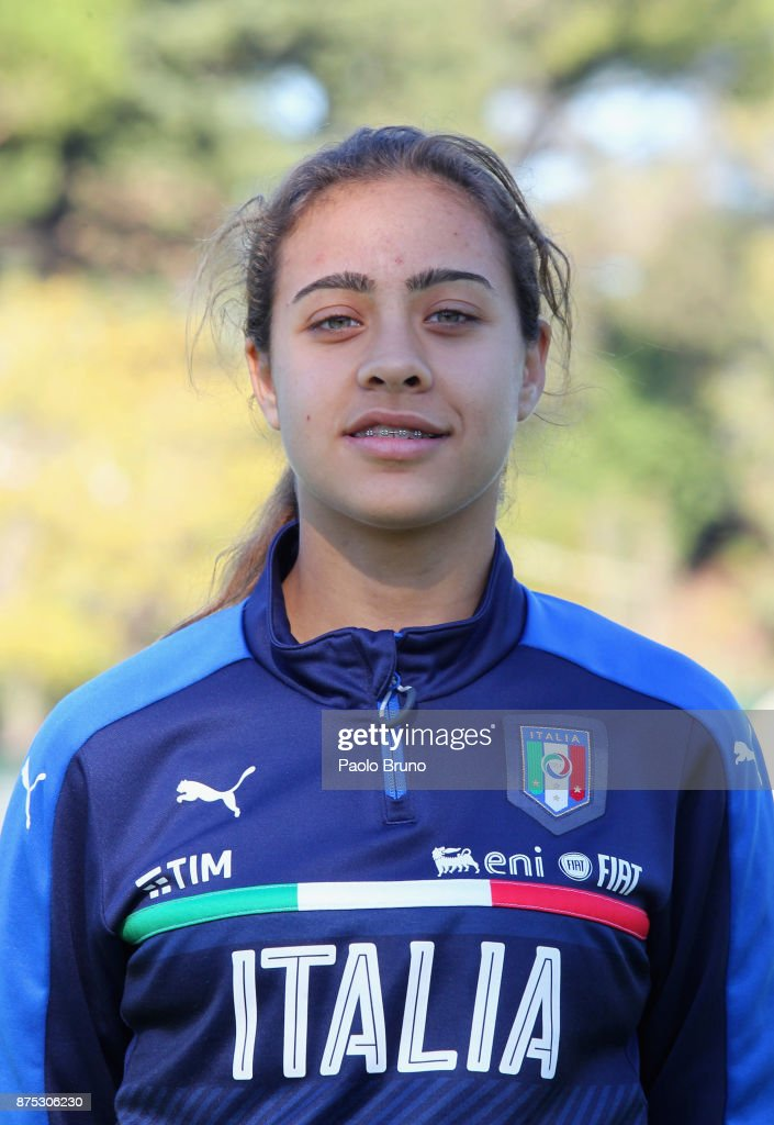 Italy U16 Women Portrait Session