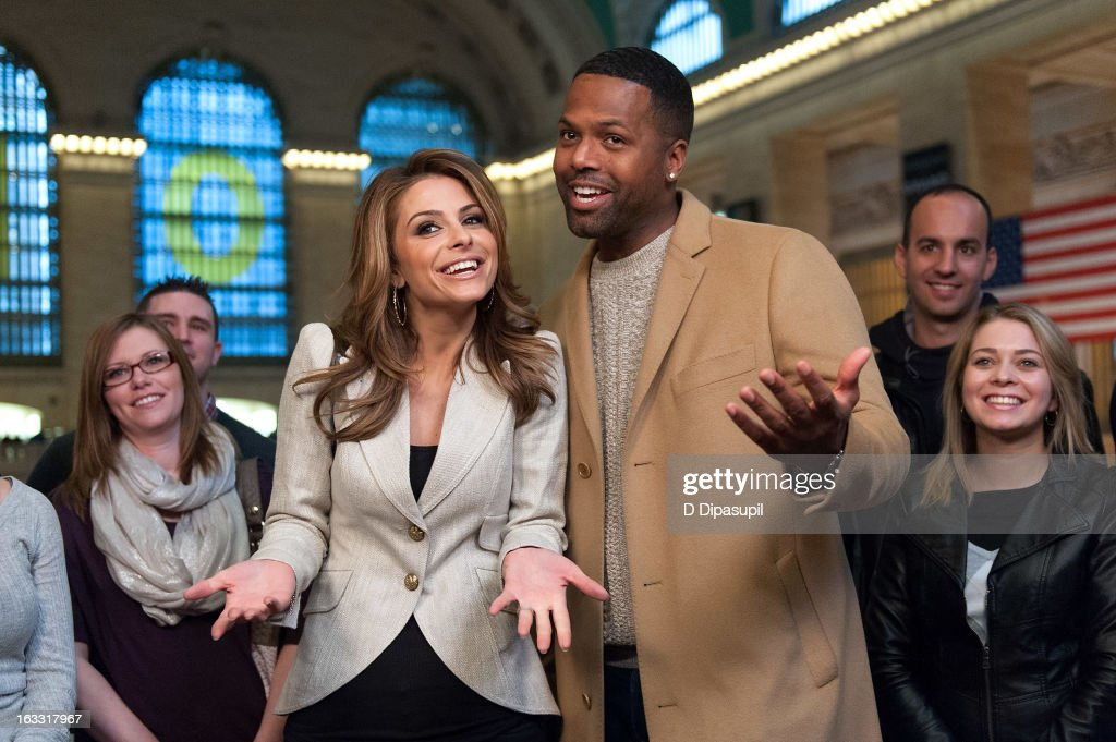 <a gi-track='captionPersonalityLinkClicked' href=/galleries/search?phrase=Maria+Menounos&family=editorial&specificpeople=203337 ng-click='$event.stopPropagation()'>Maria Menounos</a> (L) and AJ Calloway visit 'Extra' at Michael Jordan's The Steak House N.Y.C. in Grand Central Terminal on March 7, 2013 in New York City.