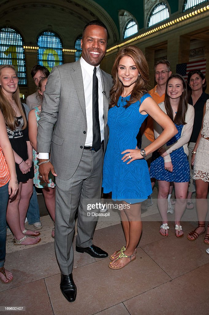 Maria Menounos (R) and AJ Calloway visit 'Extra' at Michael Jordan's The Steak House N.Y.C. in Grand Central Terminal on May 29, 2013 in New York City.
