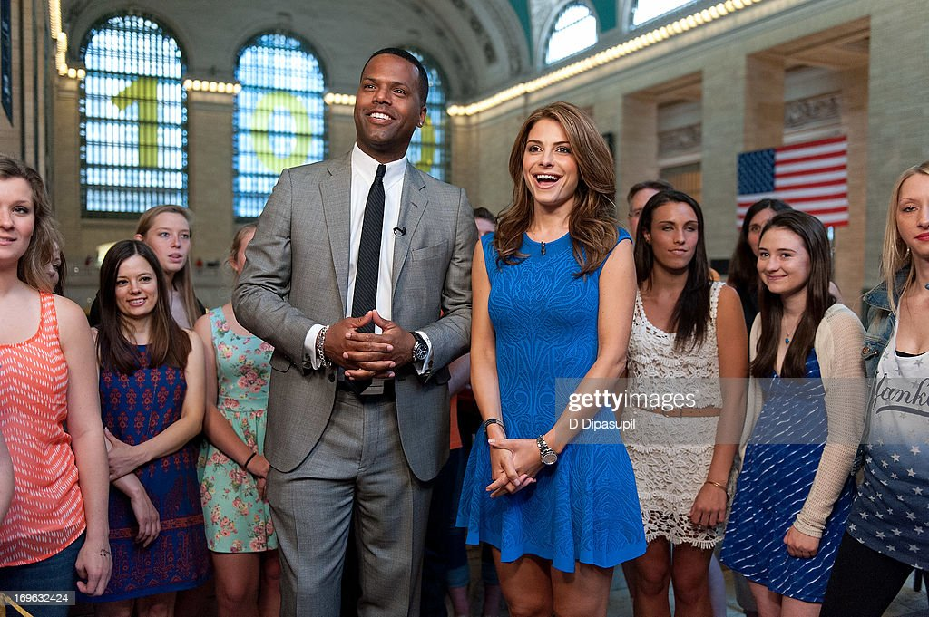 <a gi-track='captionPersonalityLinkClicked' href=/galleries/search?phrase=Maria+Menounos&family=editorial&specificpeople=203337 ng-click='$event.stopPropagation()'>Maria Menounos</a> (R) and AJ Calloway visit 'Extra' at Michael Jordan's The Steak House N.Y.C. in Grand Central Terminal on May 29, 2013 in New York City.