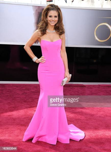 Maria Menounos arrives at the 85th Annual Academy Awards at Dolby Theatre on February 24 2013 in Hollywood California