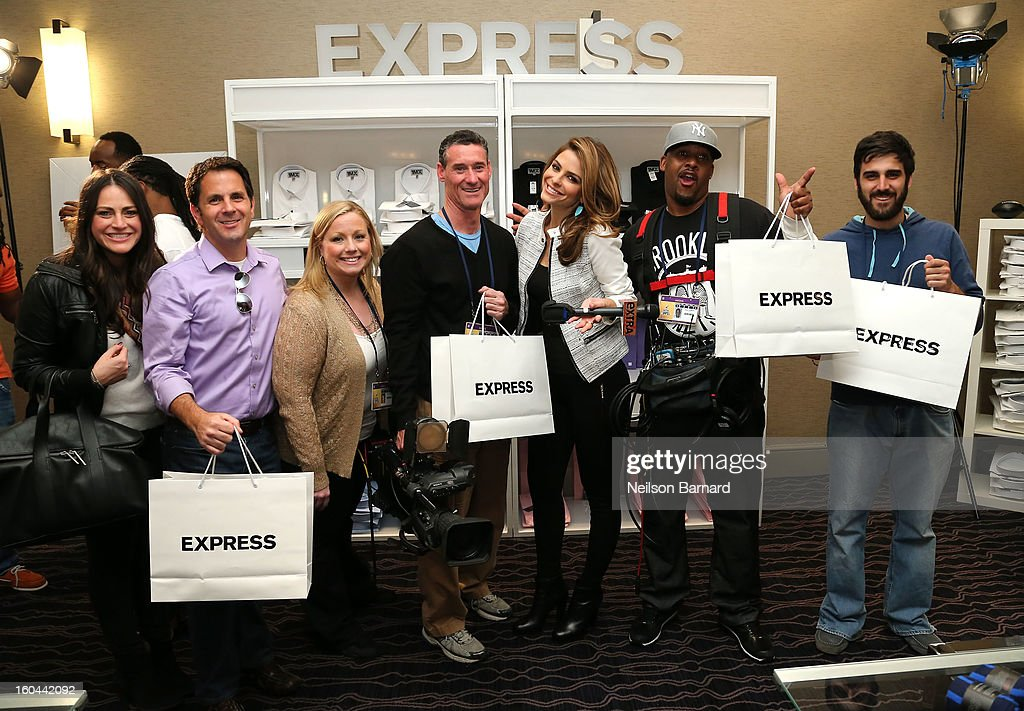 Maria Menounos attends EXPRESS 1MX Ultimate Shirt Shop & 'Welcome to New Orleans' Happy Hour at Hyatt French Quarter Hotel on January 31, 2013 in New Orleans, Louisiana.