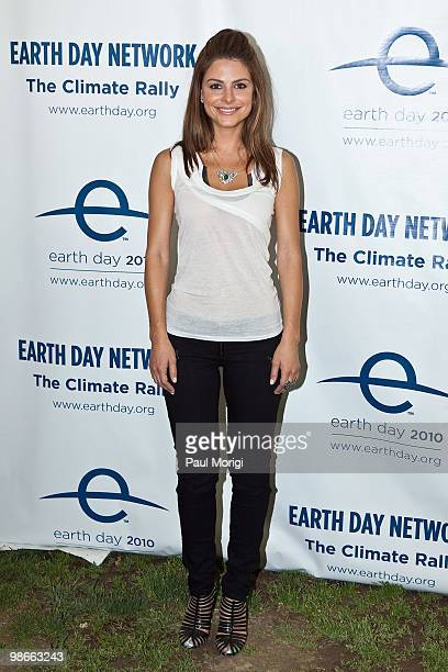 Maria Menounos attends The 2010 Earth Day Climate Rally at the National Mall on April 25 2010 in Washington DC