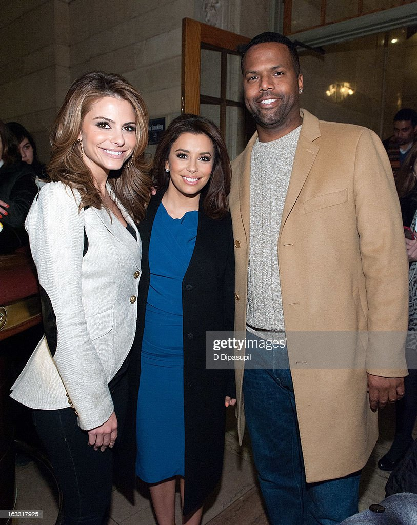 Maria Menounos, Eva Longoria, and AJ Calloway visit 'Extra' at Michael Jordan's The Steak House N.Y.C. in Grand Central Terminal on March 7, 2013 in New York City.