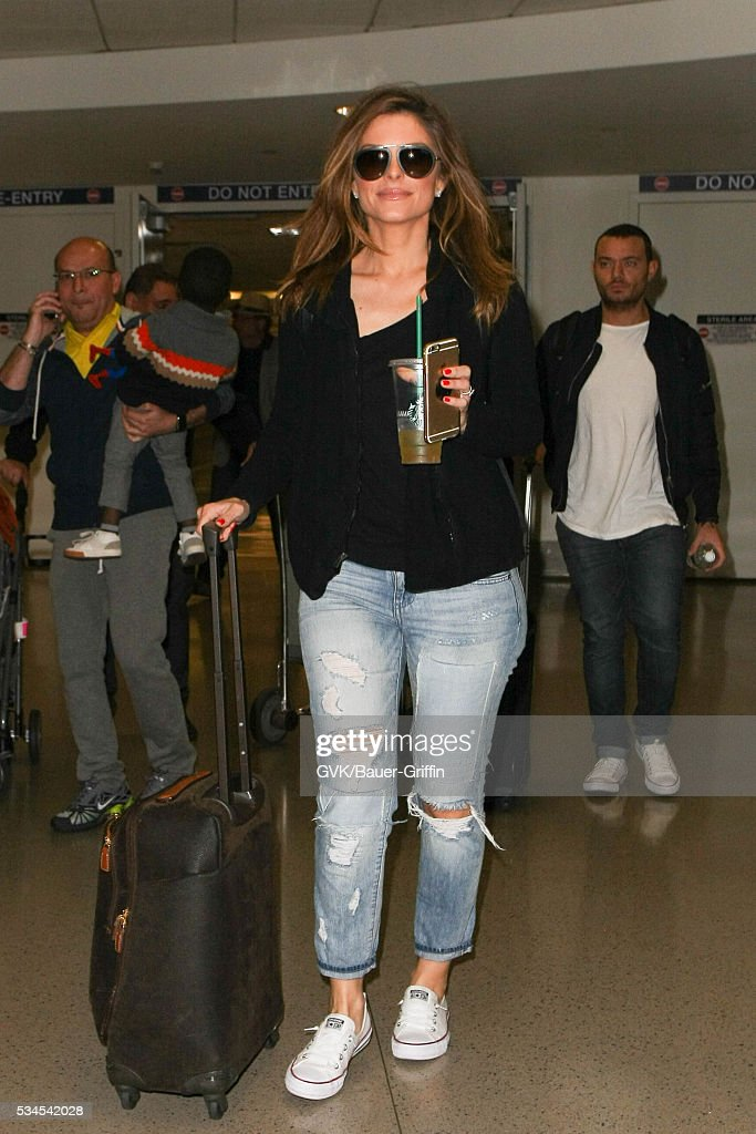 <a gi-track='captionPersonalityLinkClicked' href=/galleries/search?phrase=Maria+Menounos&family=editorial&specificpeople=203337 ng-click='$event.stopPropagation()'>Maria Menounos</a> is seen at LAX on May 26, 2016 in Los Angeles, California.