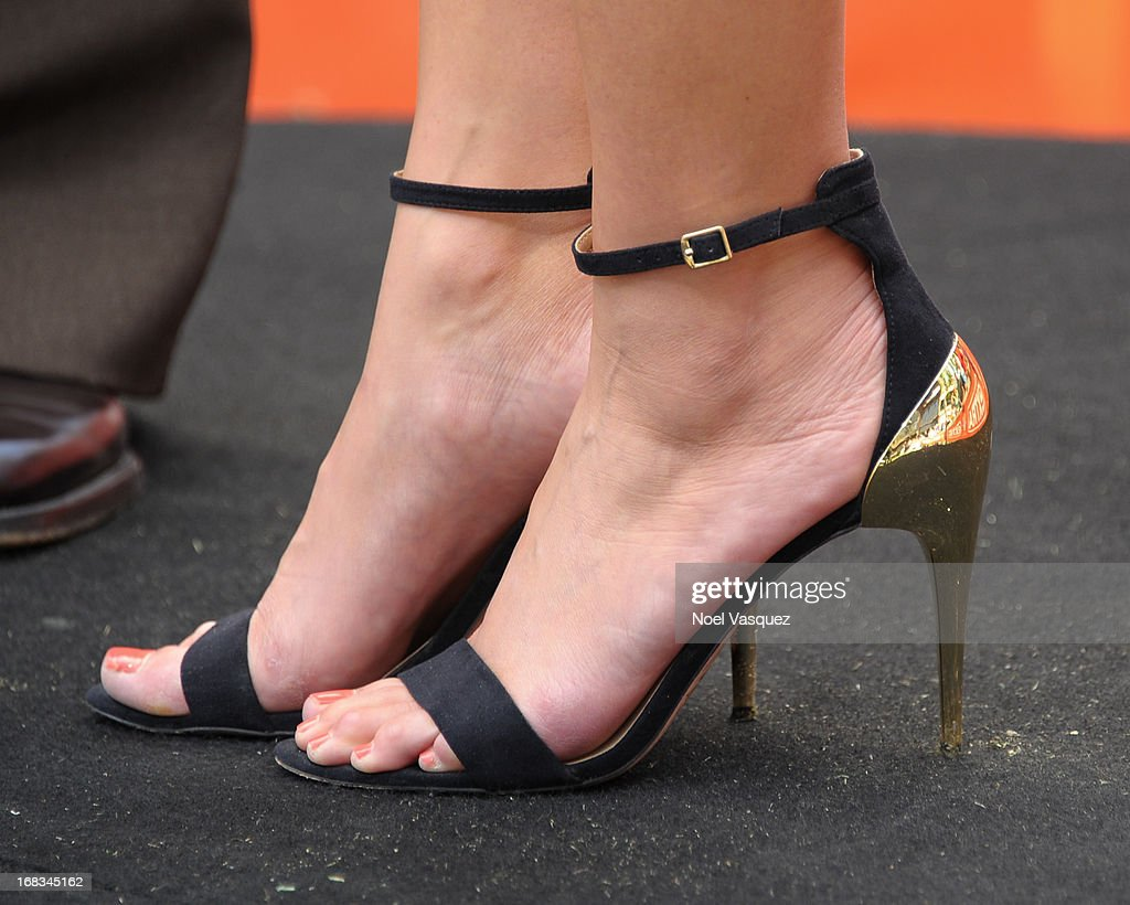 Maria Menounos (shoe detail) visits 'Extra' at The Grove on May 8, 2013 in Los Angeles, California.