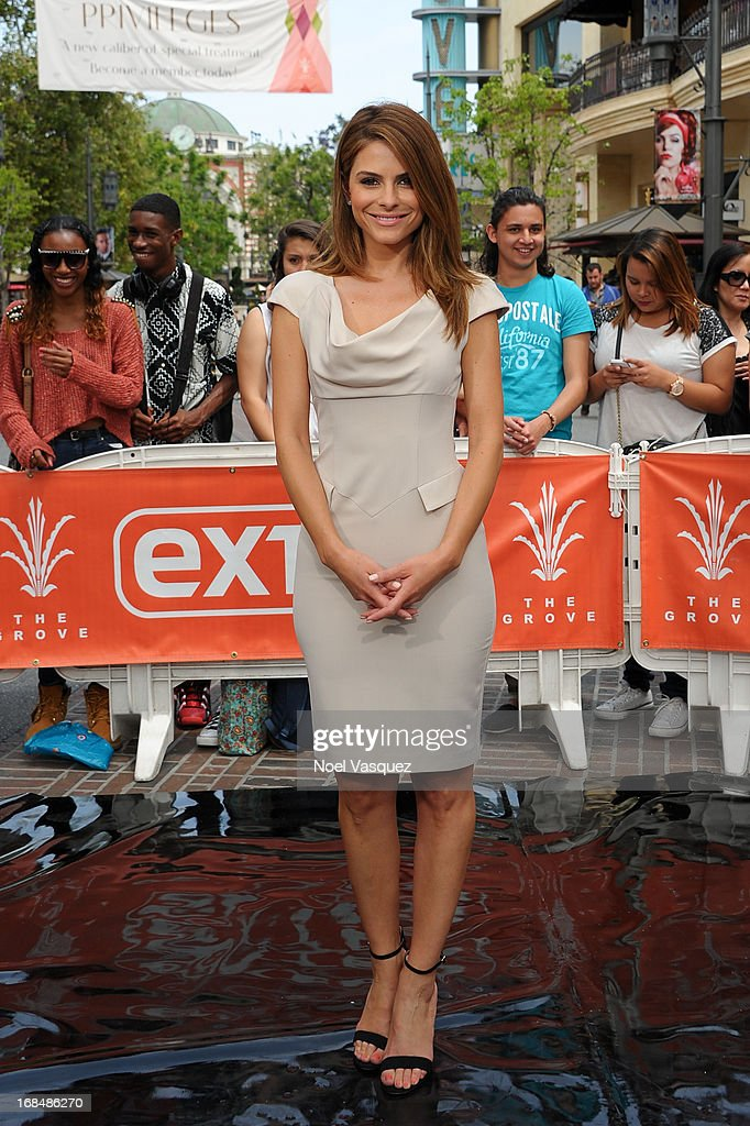 <a gi-track='captionPersonalityLinkClicked' href=/galleries/search?phrase=Maria+Menounos&family=editorial&specificpeople=203337 ng-click='$event.stopPropagation()'>Maria Menounos</a> visits 'Extra' at The Grove on May 9, 2013 in Los Angeles, California.
