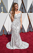 Maria Menounos wears a custom Christian Siriano for Stella Artois gown inspired by the limitededition Chalices benefiting Waterorg during the 88th...