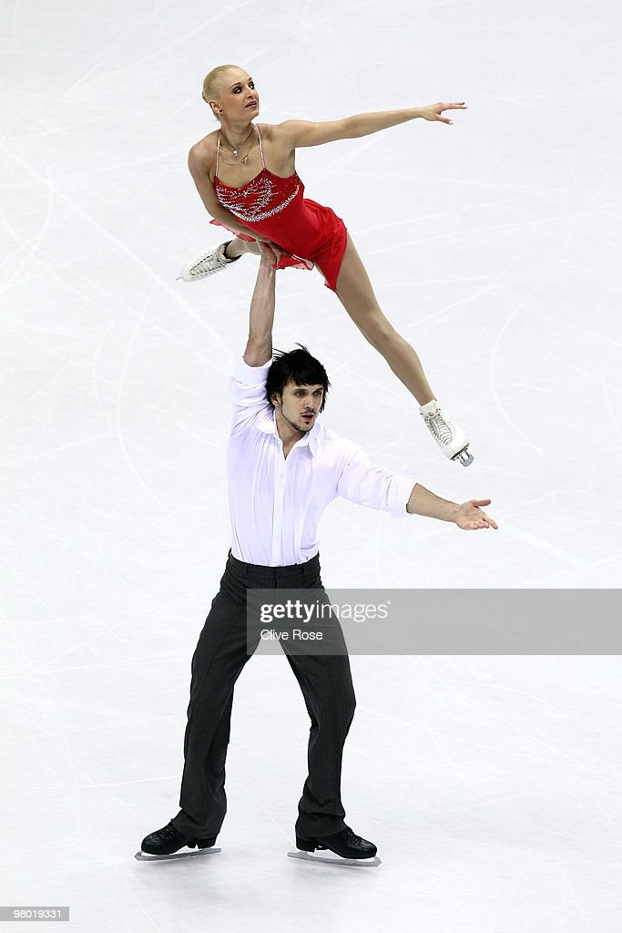 <a gi-track='captionPersonalityLinkClicked' href=/galleries/search?phrase=Maria+Mukhortova&family=editorial&specificpeople=798053 ng-click='$event.stopPropagation()'>Maria Mukhortova</a> and <a gi-track='captionPersonalityLinkClicked' href=/galleries/search?phrase=Maxim+Trankov&family=editorial&specificpeople=798054 ng-click='$event.stopPropagation()'>Maxim Trankov</a> of Russia compete in the Pairs Free Skate during the 2010 ISU World Figure Skating Championships on March 24, 2010 at the Palevela in Turin, Italy.