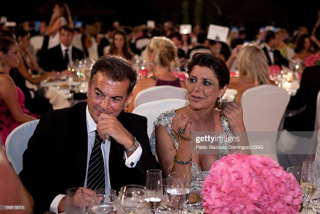 Maria Pineda (R) attends the Global Gift Gala held to raise benefits for Cesare Scariolo Foundation and Eva Longoria Foundation on August 19, 2012 in Marbella, Spain.