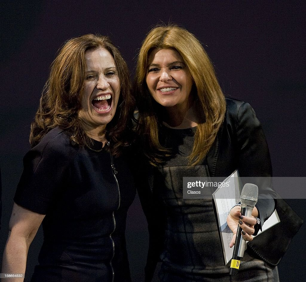 Maria Rojo and Itati Cantoral pose during the unveiling of the plaque by the 500 performances of the play Si Nos Dejan on December 20, 2012 in Mexico City, Mexico.