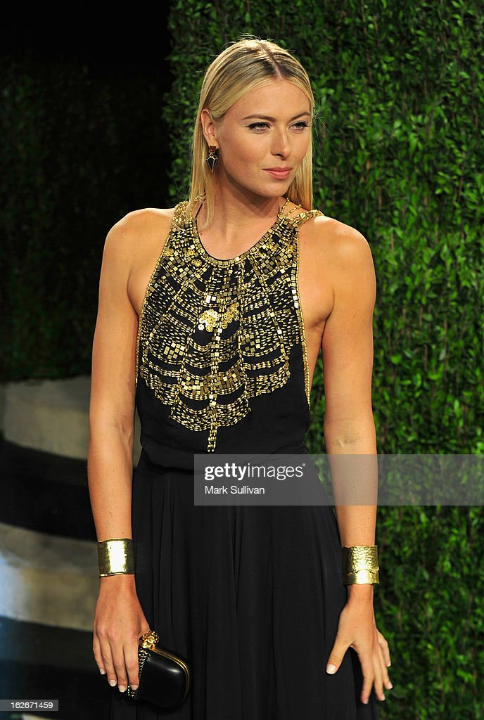 Maria Sharapova arrives at the 2013 Vanity Fair Oscar Party at Sunset Tower on February 24, 2013 in West Hollywood, California.
