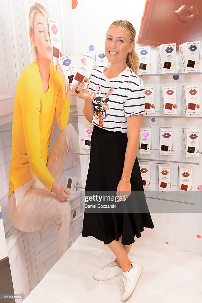 <a gi-track='captionPersonalityLinkClicked' href=/galleries/search?phrase=Maria+Sharapova&family=editorial&specificpeople=157600 ng-click='$event.stopPropagation()'>Maria Sharapova</a> attends the <a gi-track='captionPersonalityLinkClicked' href=/galleries/search?phrase=Maria+Sharapova&family=editorial&specificpeople=157600 ng-click='$event.stopPropagation()'>Maria Sharapova</a> Sugarpova Chocolate launch at the Chicago Sweets & Snacks Expo on May 24, 2016 in Chicago, Illinois.