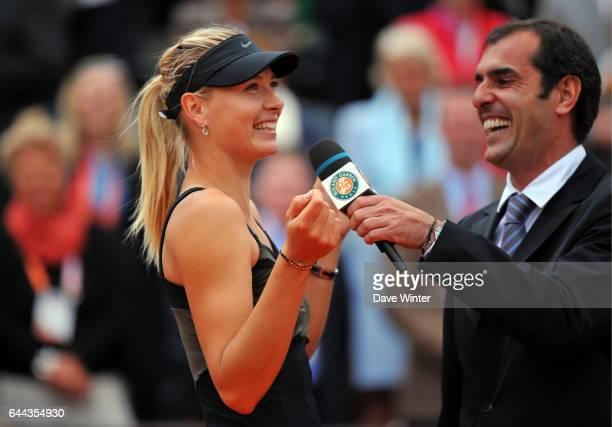 Maria SHARAPOVA / Cedric PIOLINE Finale Dames Roland Garros 2012 Photo Dave Winter / Icon Sport
