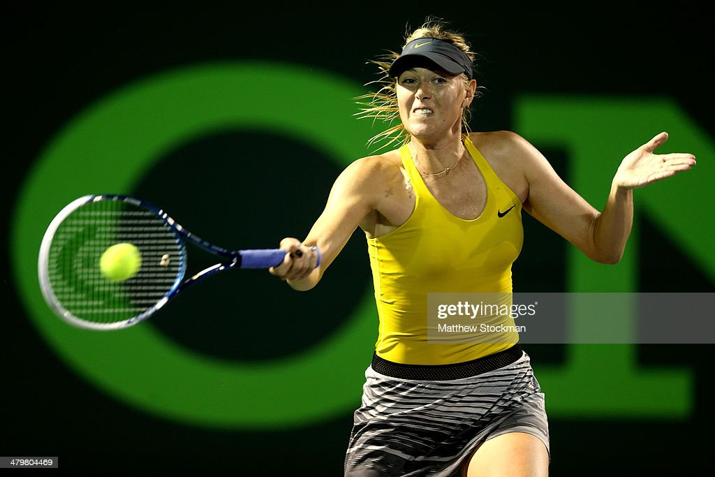 <a gi-track='captionPersonalityLinkClicked' href=/galleries/search?phrase=Maria+Sharapova&family=editorial&specificpeople=157600 ng-click='$event.stopPropagation()'>Maria Sharapova</a> of Russia plays Kurumi Nara of Japan during the Sony Open at the Crandon Park Tennis Center on March 20, 2014 in Key Biscayne, Florida.