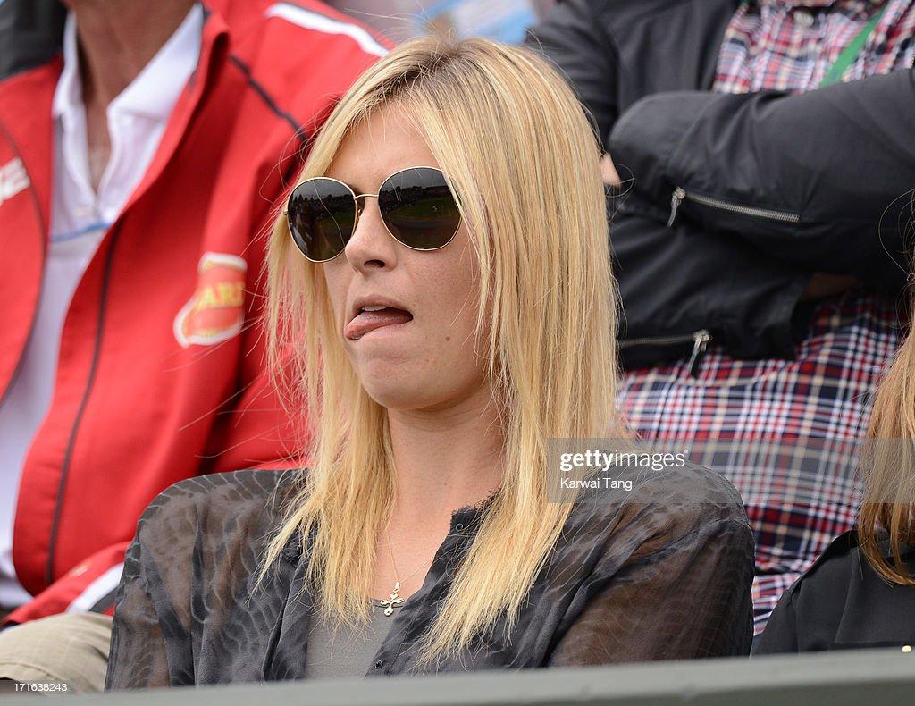 Maria Sharapova Boyfriend Kiss Celebrities Attend Wim...
