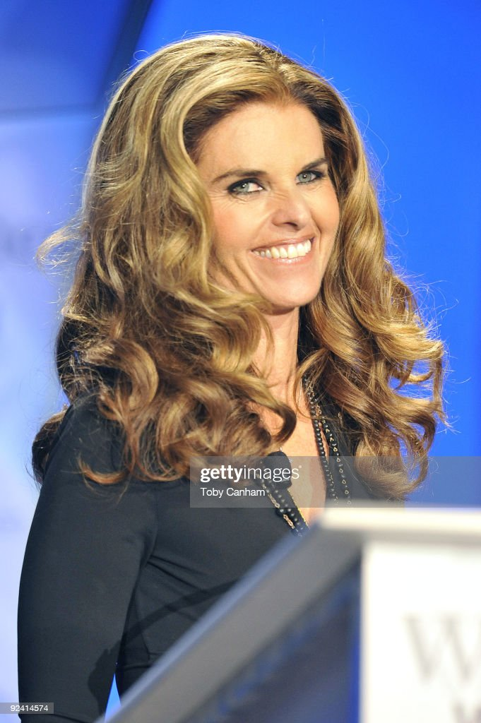 Maria Shriver speaks at the 2009 Women's Conference held at Long Beach Convention Center on October 27 2009 in Long Beach California