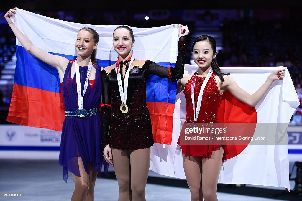 Полина Цурская - Страница 2 Maria-sotskova-of-russia-and-silver-medal-polina-tsurskaya-of-russia-picture-id501106412