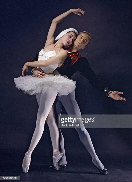 Maria Tallchief and Erik Bruhn in 'Swan Lake' 1960