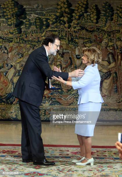 Maria Teresa Campos receives from Mariano Rajoy the Golden Medal of Merit In Work during a ceremony at Moncloa Palace on July 27 2017 in Madrid Spain