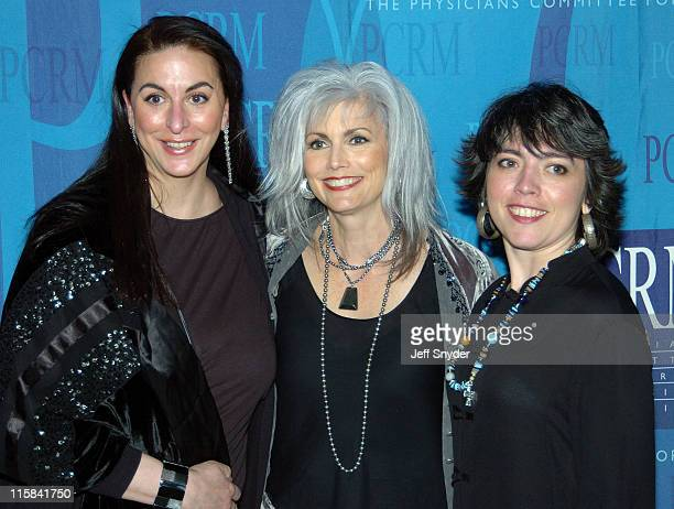 Maria Verel Emmylou Harris and daughter Hallie Slocum
