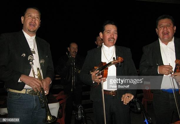 MariachiBand Puerto Penasco Sonora Mexico Mittelamerika Geige Instrument Musikinstrument Musiker Reise BB DIG PNr 181/2011