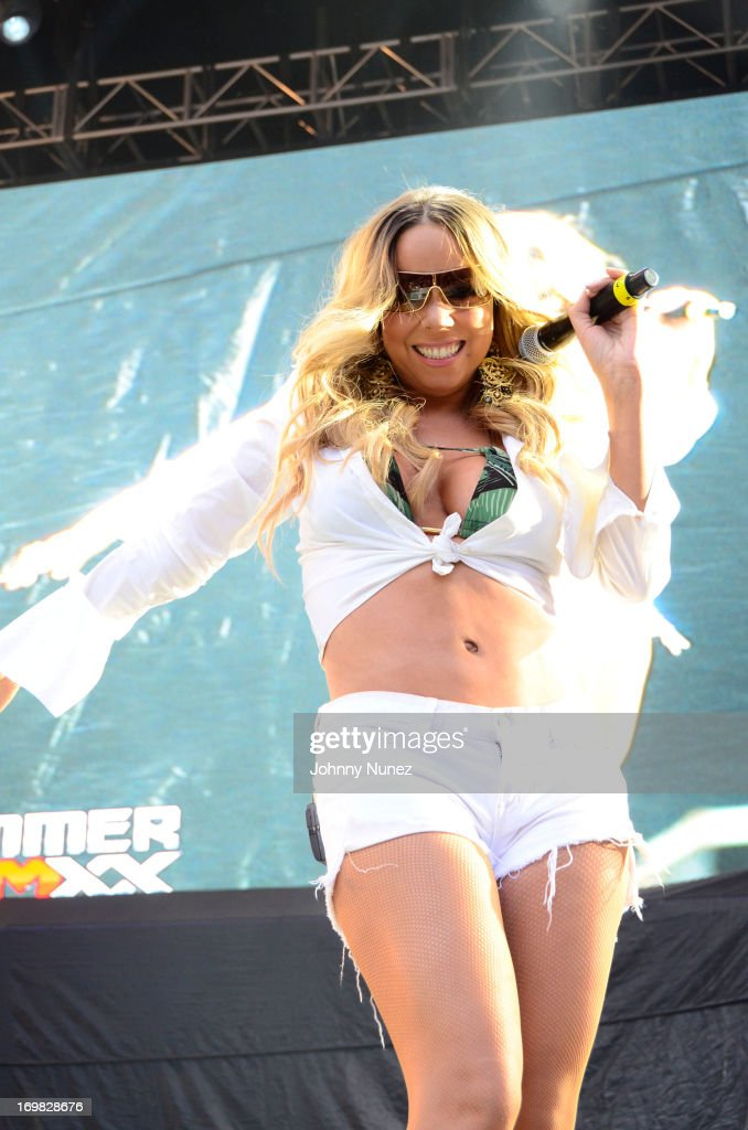 <a gi-track='captionPersonalityLinkClicked' href=/galleries/search?phrase=Mariah+Carey&family=editorial&specificpeople=171647 ng-click='$event.stopPropagation()'>Mariah Carey</a> performs during HOT 97 Summer Jam XX at MetLife Stadium on June 2, 2013 in East Rutherford, New Jersey.
