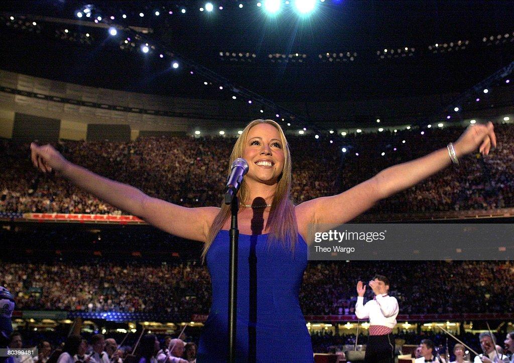 Mariah Carey sings National Anthem